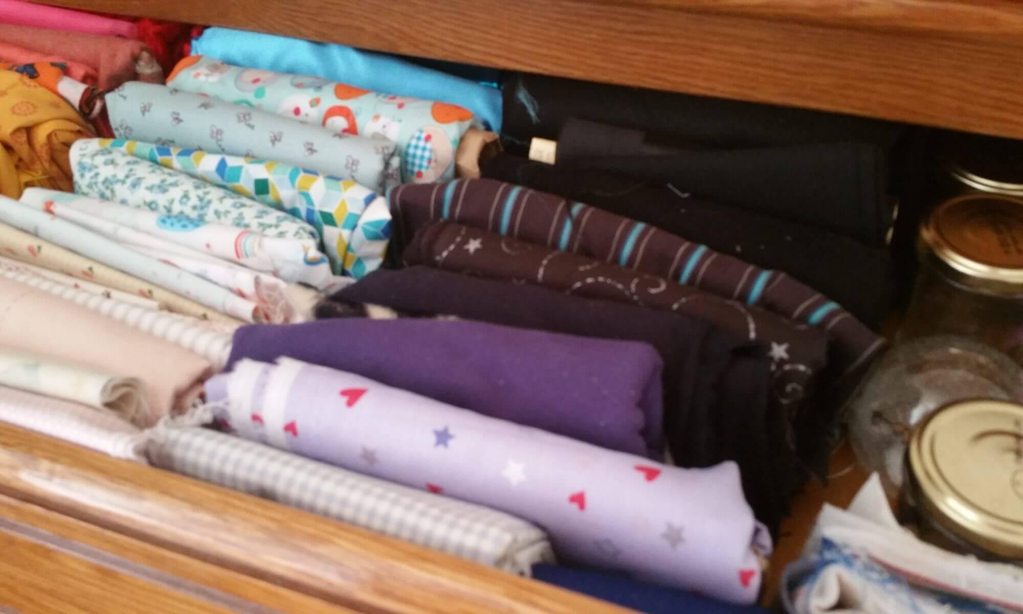 organisation couture rangement coupons en tissu