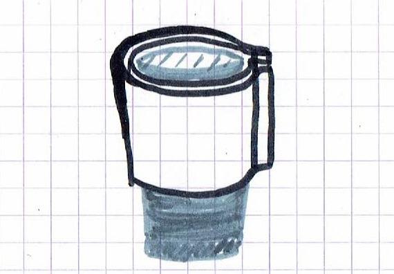 glissez le cylindre de tissu sur la partie basse de votre pantalon pour reparer le trou aux genoux