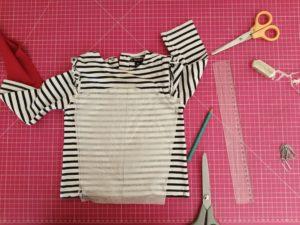 rallonger manches tee-shirt : couper le tissu de la manche