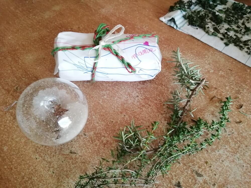 cadeau boule de noël tisane maison DIY